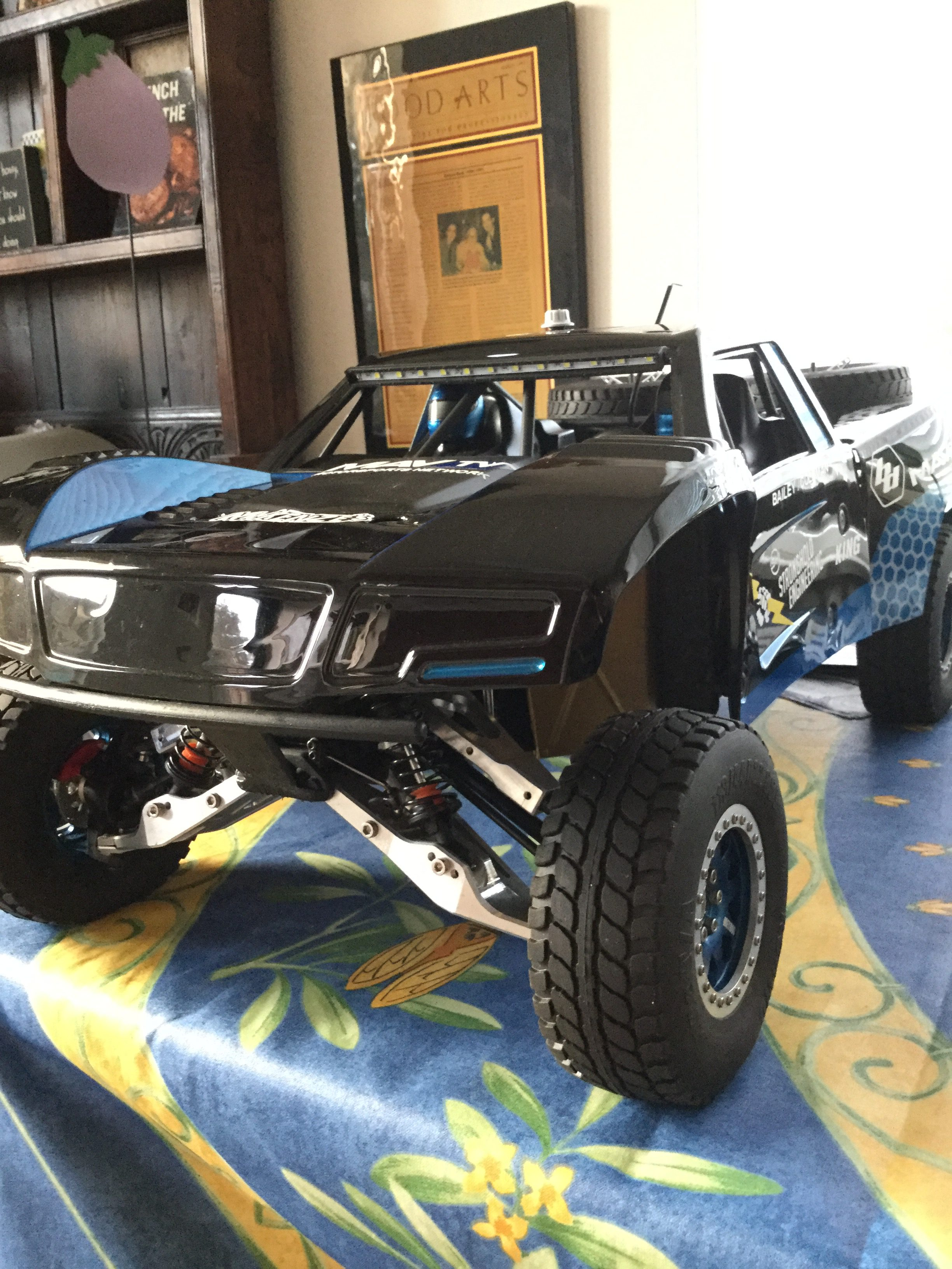 losi trophy truck with Losi Baja Rey on Mammuth Rewarron 13 Scale Truck Chassis Pictures likewise Losi Super Baja Rey 1 6 Rc Desert Trophy Truck together with Losi Xxl 2 Brushless Los04004 furthermore Serpent 18 Cobra Buggy Rtr With Novarossi Power in addition Losi Baja Rey.